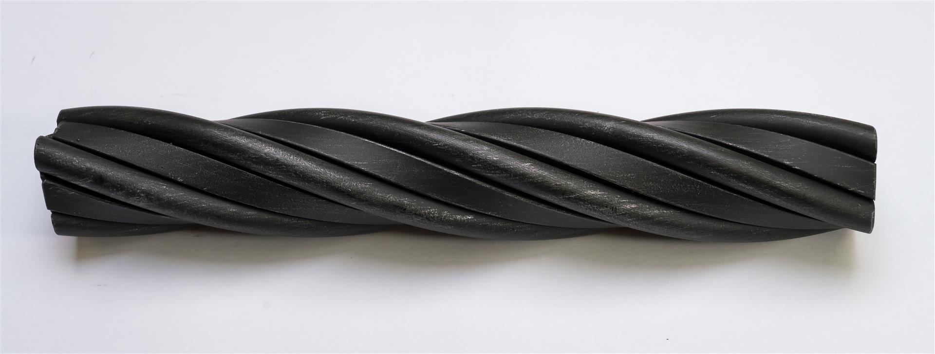 Twisted Rope in Steel, Square and Round Mixed